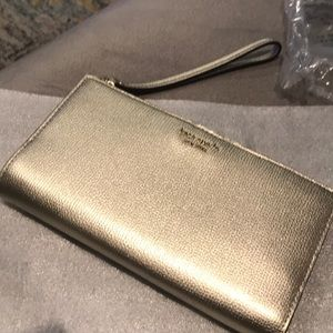 Kate Spade Large Continental Wristlet Wallet Gold